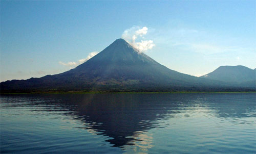 Perfect wakeboarding Conditions at the base of the Arenal Volcano