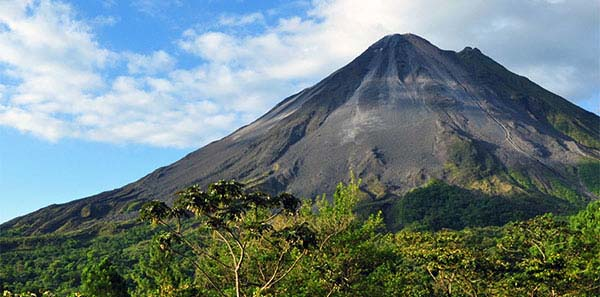 Arenal Volcano Hiking, Rio Celeste and other Options with PACR